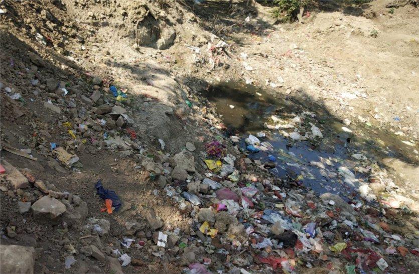 मोतीचूर नदी की नगरपालिका कराएगी सफाई, स्वच्छता में रैंंकिंग बढ़ाने का प्रयास