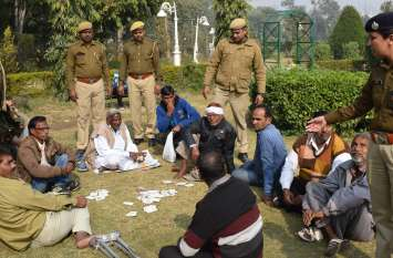 अलवर के कम्पनी गार्ड में पुलिस ने किया ऐसा, लोगो में मचा हडकंप