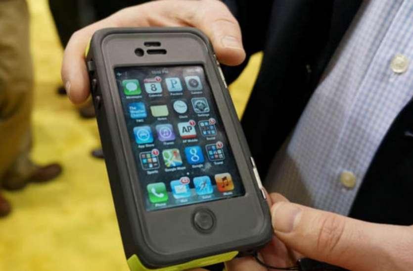 टेम्पर्ड ग्लास से भी ज्यादा मजबूत होता है ये कवर, फोन गिरने पर भी नहीं आती है खरोच