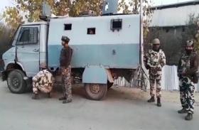 जम्मू-कश्मीर:साल की पहली मुठभेड़ में तीन आतंकी ढेर, एक जवान शहीद