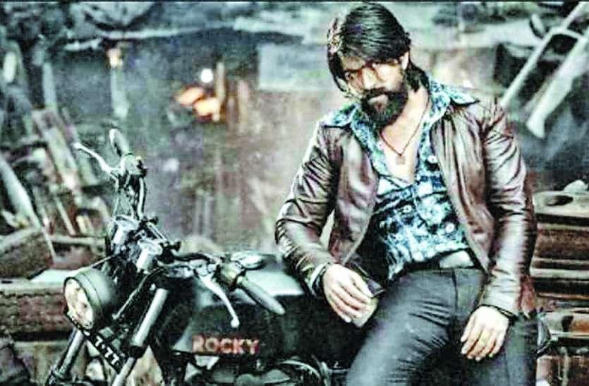 शाहरुख खान की फिल्म को कड़ी टक्कर दे रही है यह फिल्म
