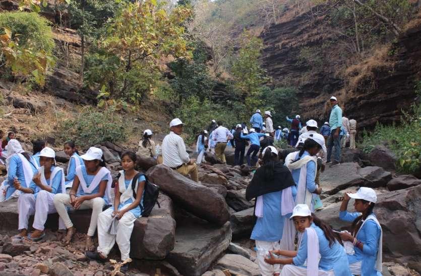 वन्य जीवन के रोमांच से रूबरू हुए स्कूली छात्र छात्राएं
