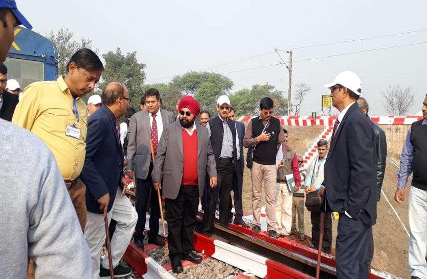 Big Breaking: दक्षिण पूर्व मध्य रेलवे के GM पहुंचे भिलाई, नक्सलियों के गढ़ में बन रहे भाुनप्रतापपुर रेल लाइन का लेंगे जायजा, Video