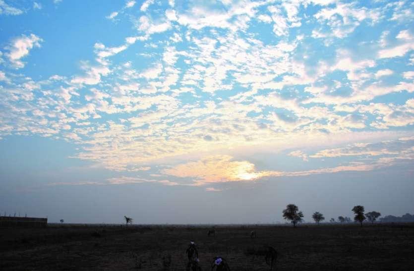 बादल देख चढ़ा पारा, फिर कंपकंपाई ठंड, पढ़ें पूरे मध्य भारत में ठंड का प्रकोप