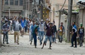 कश्मीर समस्या के समाधान के लिए पृथकतावादियों से वार्ता जरूरी-शब्बीर भट