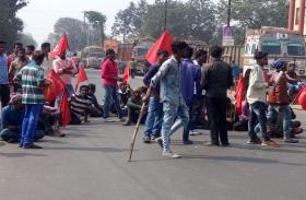 भारत बंद के दूसरे दिन ओडिशा में रेल व बस सेवा प्रभावित