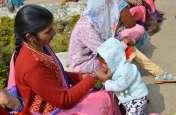 Photos:मां के साथ मासूम बच्चे भी शामिल रहे हड़ताल में