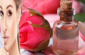चेहरे पर गुलाब जल लगाएं आैर मुंहासाें से छुटकारा पाएं