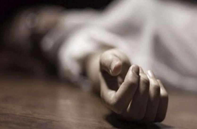 बिहार: दिल दहलाने वाली घटना आया सामने, नाबालिग लड़की की गला काटकर हत्या