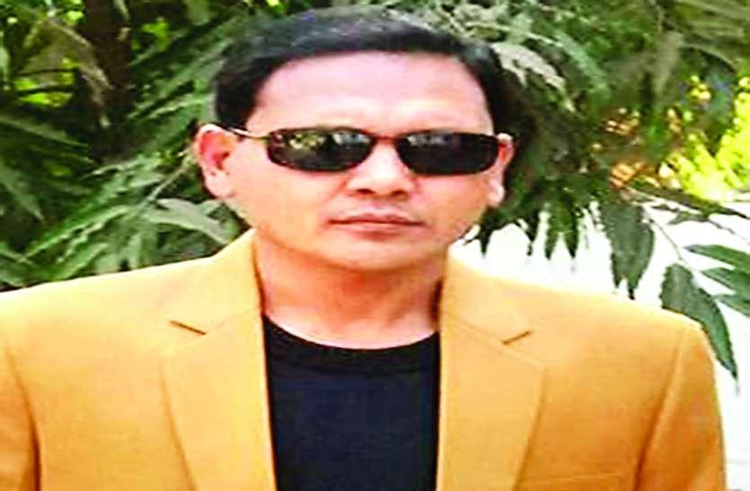 मुस्लिम पहचान छिपाने प्रशासनिक अधिकारी नियाज खान बदलना चाहते हैं अपना नाम