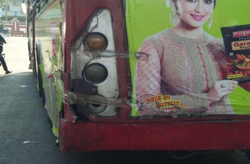कंडम बसों को बदलने आना थीं 40 मिडी बसें, पहुंची केवल बीस