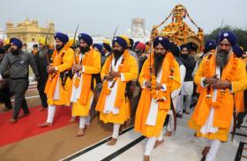 दशम पातशाह श्री गुरु गोबिंद सिंह जी के प्रकाशोत्सव को समर्पित विशाल नगर कीर्तन का आयोजन