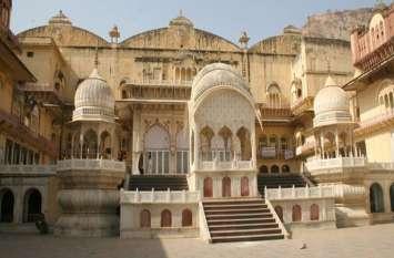 अलवर के महल चौक इलाके में हुई चोरी, ये सामान लेकर फरार हुए चोर, देखें वीडियो