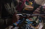 बिहार: विधायक के करीबी के घर छापेमारी, हथियार व नकदी बरामद