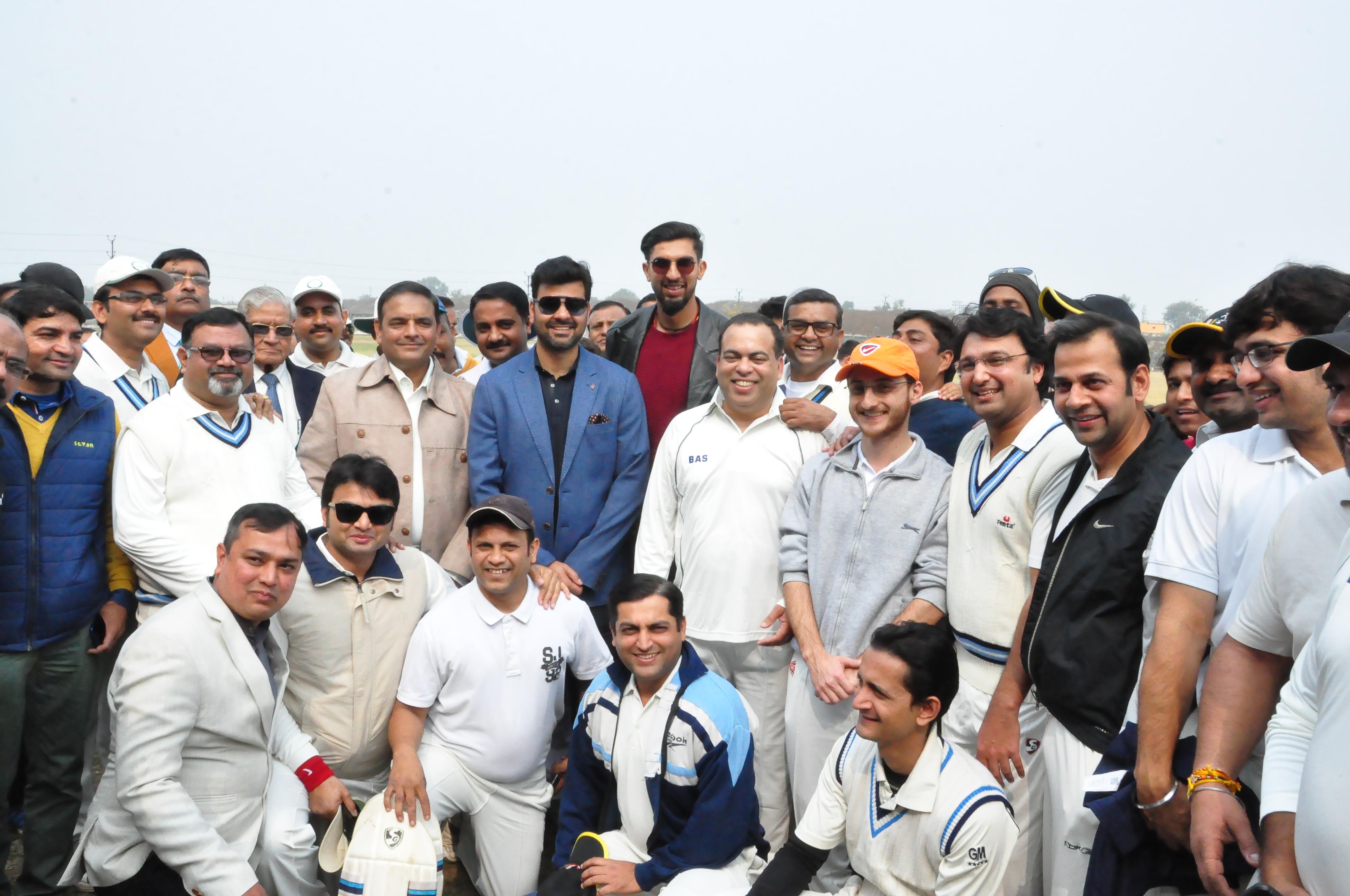 जबलपुर पहुंचे भारतीय क्रिकेट के ये दिग्गज गेंदबाज, विश्व कप को लेकर की अहम बातें...