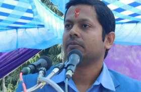 गौ संरक्षण के लिए डीएम की नेक पहल, दान कर दिया अपना वेतन