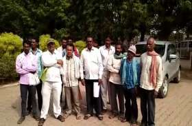 पीजी कॉलेज की मांग को लेकर बहुजन समाज पार्टी ने किया कलेक्ट्रेट का घेराव