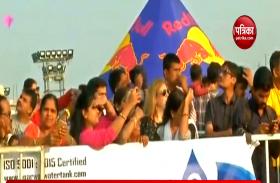 VIDEO: तेलंगाना अंतरराष्ट्रीय पतंग महोत्सव में शामिल हुए 20 देशों के लोग