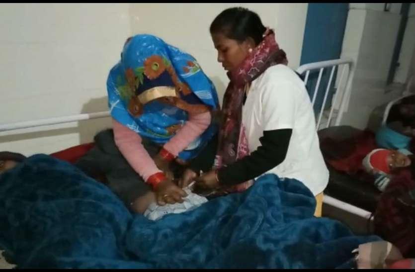 खेल-खेल में आधा दर्जन बच्चे पहुंच गए अस्पताल, निगल लिया था अरंडी के बीज, पूरा गांव पहुुंच गया हाल-चाल लेने