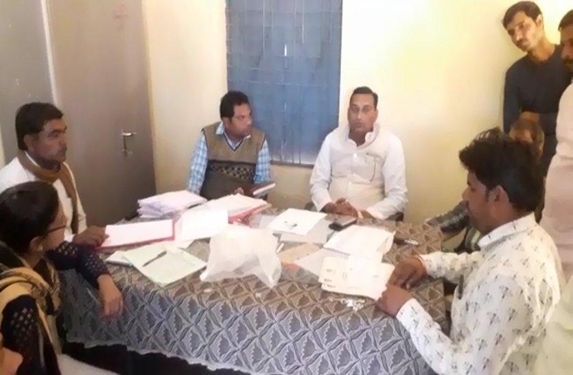 video story : जिम्मेदार लापरवाह, सरकार की इस योजना के लिए किसान परेशान