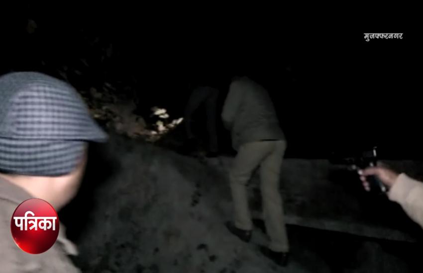 पुलिस और बदमाशों के बीच चली गोलियां, 2 इनामी गिरफ्तार, देखें वीडियो