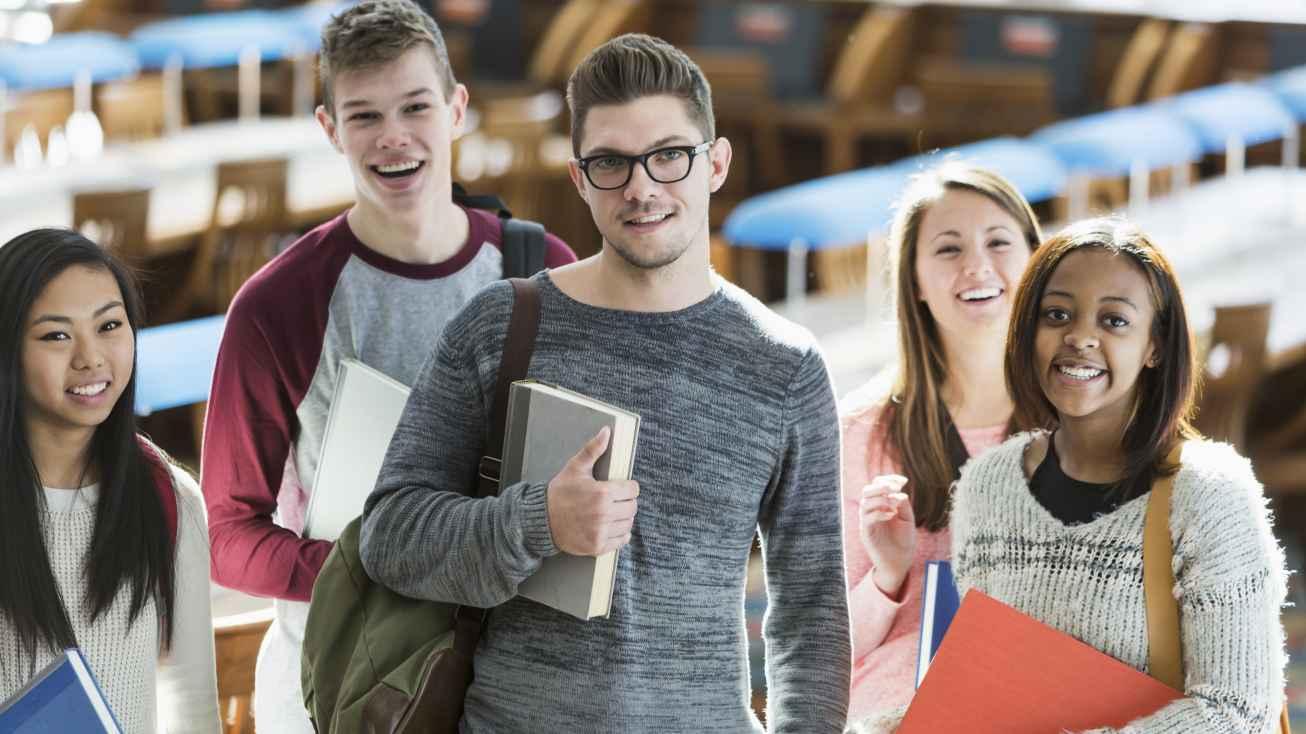 युवाओं को कॉलेज तक पहुंचाने की मुहिम