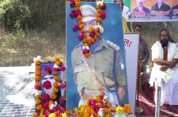 जिले में बुआ सैनिक सम्मान अभियान, शहीद सैनिकों के परिवारों का किया गया सम्मान