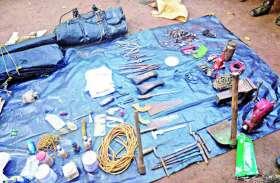 BREAKING : छत्तीसगढ़-मध्यप्रदेश की सीमा में पुलिस नक्सली मुठभेड़, हथियार छोड़कर भागे नक्सली