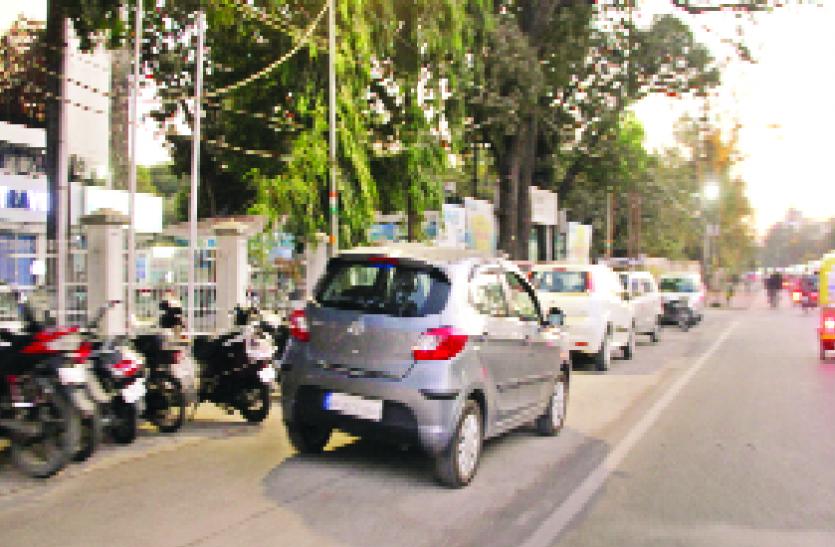 बीआरटीएस : बॉटलनेक वाहन चालकों के लिए बनी मुसीबत