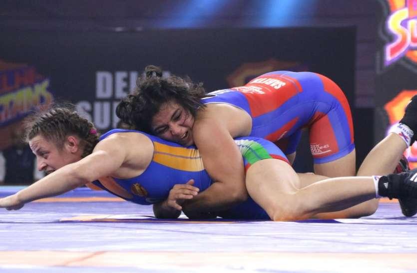Pro Wrestling League : साक्षी ने खोला दिल्ली की जीत का खाता