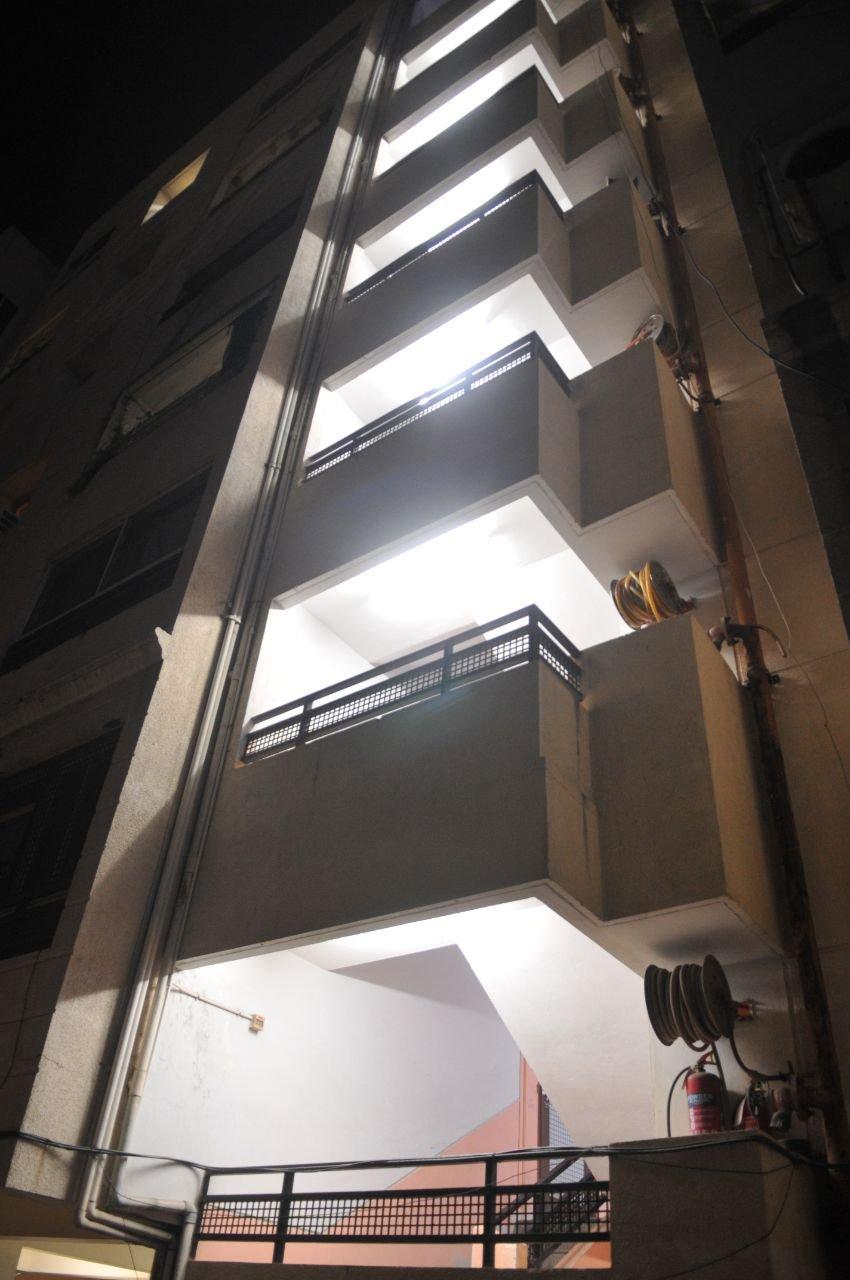 तीसरी मंजिल से कूदकर युवती ने की आत्महत्या