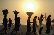 झारखंड: प्रतिवर्ष हजारों श्रमिक रोजगार की तलाश में कर रहे पलायन