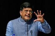 रेल मंत्री ने कसा कांग्रेस पर तंज, मनमोहन सिंह को बताया मजबूर प्रधानमंत्री