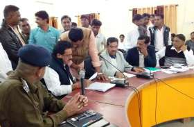 मंत्री आंजना ने किया अफसरशाही का बचाव, बोले- सत्ता के दबाव में करने पड़ते हैं कई काम