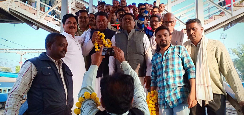 ...तो भोपाल से लिखी जाएगी विकास की इबादत: मंत्री नहीं बनाए जाने से नाराज अनूपपुर विधायक ने भोपाल में जमाया डेरा, विधायक की जिद्द से लोगों में नाराजगी