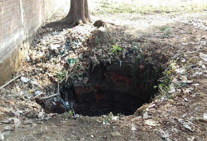 इस शहर में बिना मुंडेर के कुएं बने हैं मौत की डगर