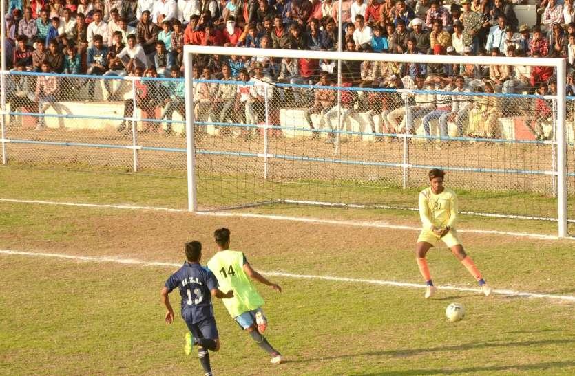 हिंदुस्तान जिंक-11 को घर में ही हारना पड़ा