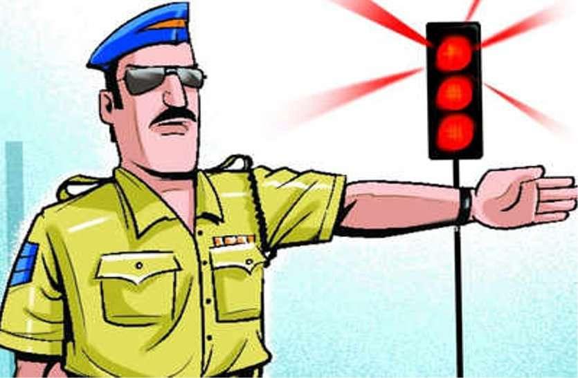 रासबिहारी में ट्रैफिक सार्जेंट ने बस कंडक्टर को जड़ा थप्पड़