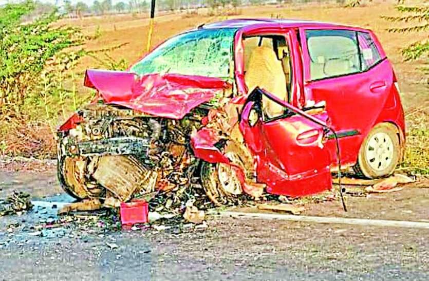 दुखद  : सड़क हादसे में नानी-दोहिती की मौत, चार घायल