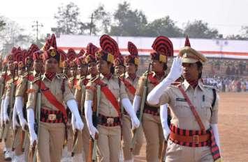 Photo Gallery :- गणतंत्र दिवस परेड के अंतिम रिहर्सल का कलेक्टर ने किया निरीक्षण
