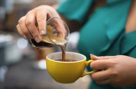 रिसर्च स्टाेरी - लिवर के लिए बढ़िया हाेती है कैफीन रहित कॉफी