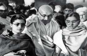 दक्षिण अफ्रीका में 10 लाख रुपये सैलरी पाते थे महात्मा गांधी, आइंस्टीन ने भी माना था इनका लोहा