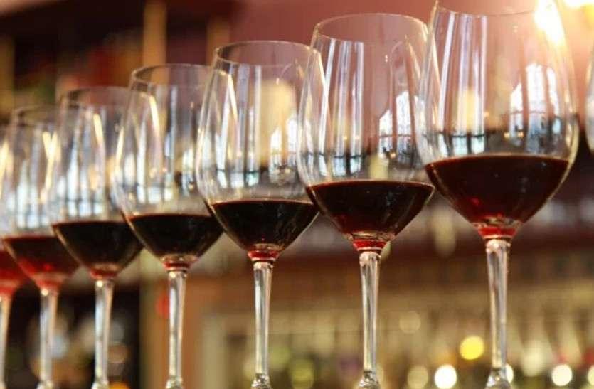 दर्जनों गांवों में फाकाकशी लेकिन शराब से 'तर', गटक रहे 3 से 4 करोड़ की दारू