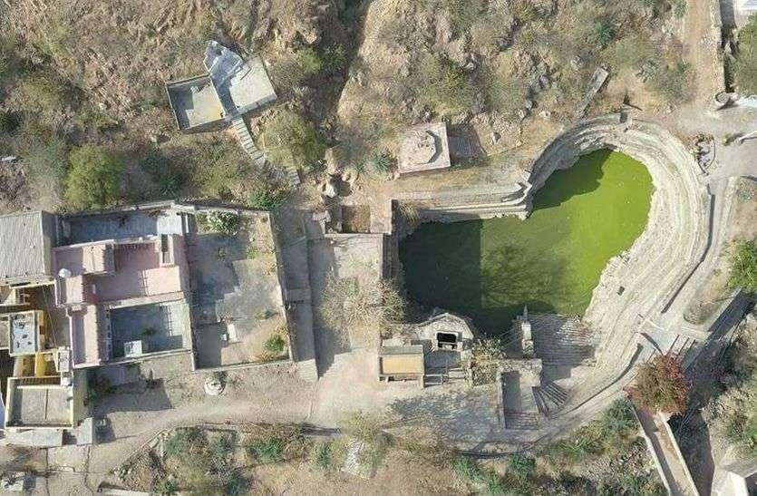 भाद्राजून किले में है जिले की सबसे गहरी बावड़ी, यहां की सुंदरता देखने आते हैं सैलानी