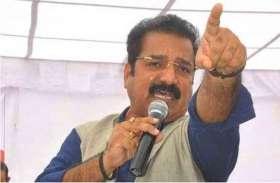 अलीगढ़ मामले को लेकर  गांधी सर्कल पर धरना प्रदर्शन