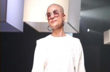 Lakme Fashion Week : कूल सनग्लासेस और वेस्टर्न ड्रेस में नजर आई ताहिरा