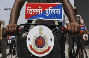 अपहरणकर्ता को गिरफ्तार करने बिहार पहुंची दिल्ली पुलिस खुद हुई गिरफ्तार, जानें क्या है मामला