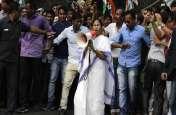 CBI vs ममता: तीसरे दिन भी जारी है धरना, दीदी को मिला महागठबंधन का समर्थन, जानिए अभी तक की अहम बातें