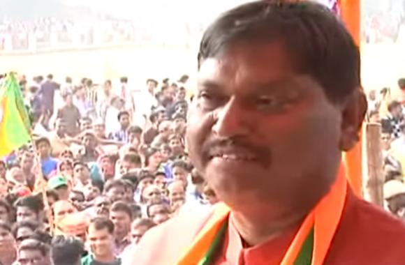 अर्जुन मुंडा को प.बंगाल में सभा करने से रोका गया,मुंडा बोले-हो रही है लोकतंत्र की हत्या