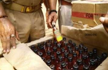 देर रात अवैध शराब के विरुद्ध हुई कार्रवाई, देसी शराब की पेटियों समेत वाहन जब्त